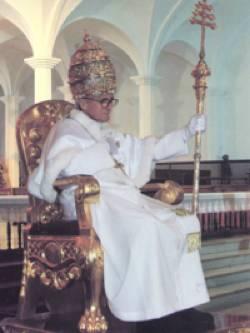 Le sédévacantisme est une erreur et un péché grave : Anti-papes... Pierre_II_Palmar