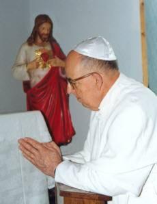 Le sédévacantisme est une erreur et un péché grave : Anti-papes... Pius_XIII4